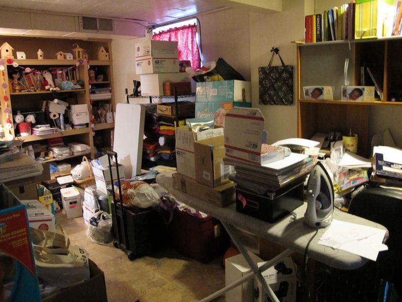 Craft Room Mess_4