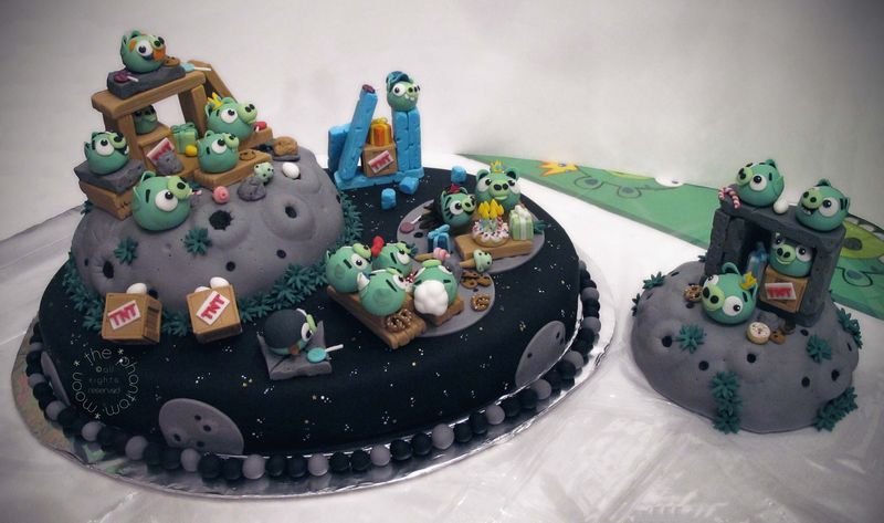Pig Invasion Cake_TPM_01