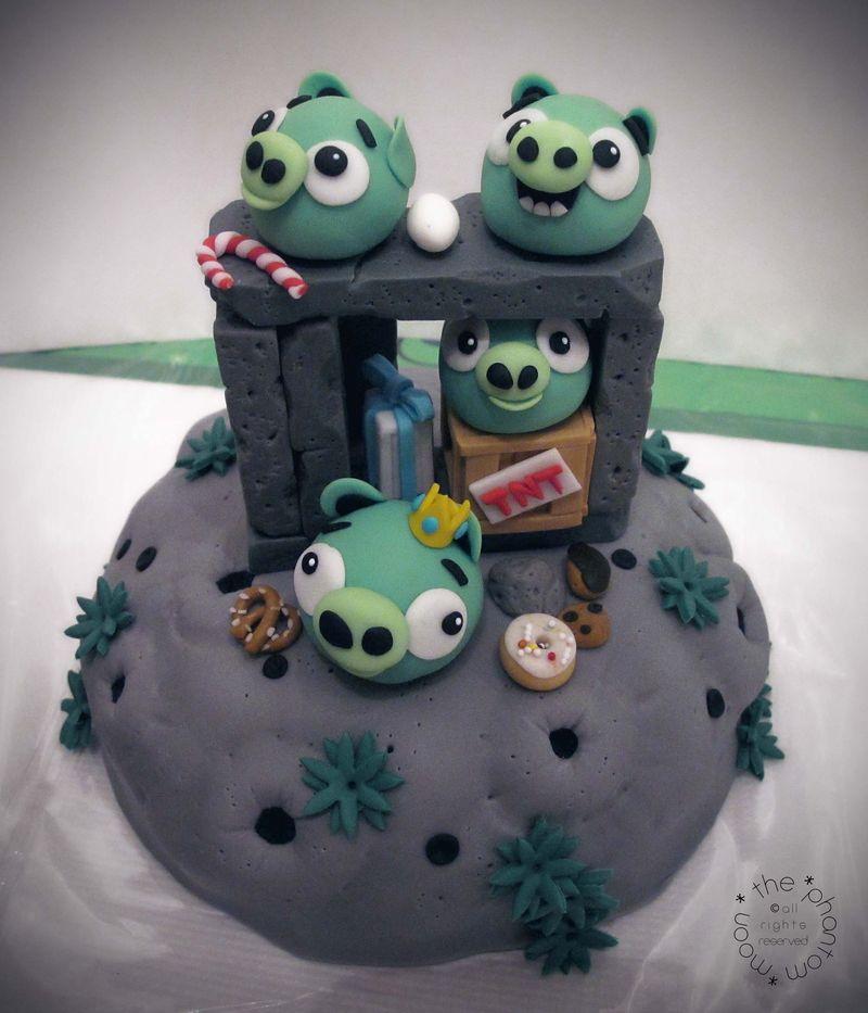 Pig Invasion Cake_TPM_03